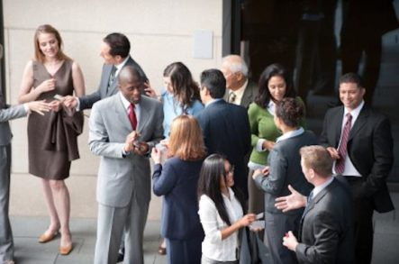 Pro Networking Tips to Help You Make the Most of Your Study Abroad Journey